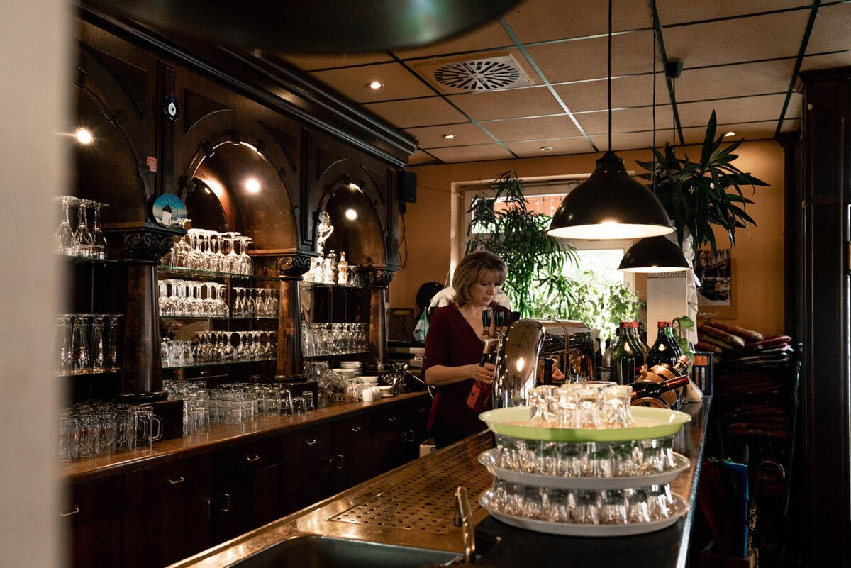 TavernaMykonos_Theke1
