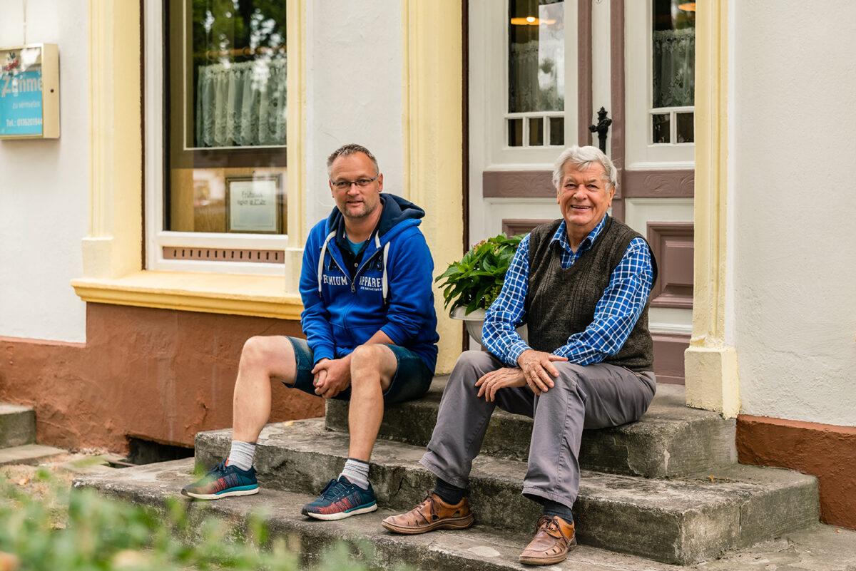 Die Inhaber des Gasthofs Bergquelle in Wandlitz, Ortsteil Klosterfelde, im schönen Naturpark Barnim, Barnimer Land, Brandenburg.