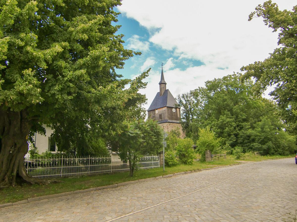 Die Dorfkirche in Wandlitz, im schönen Naturpark Barnim, Barnimer Land, Brandenburg.